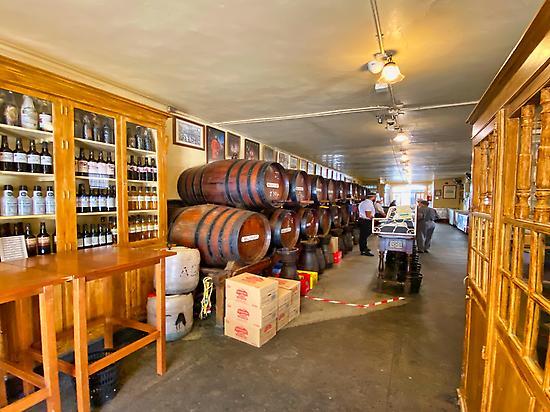 Innenraum der ältesten Bar in Malaga