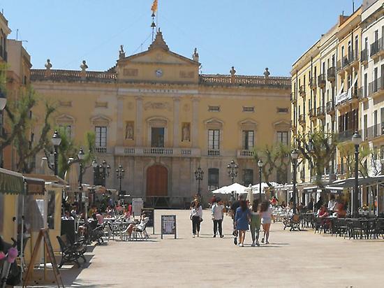 Tarragona Square