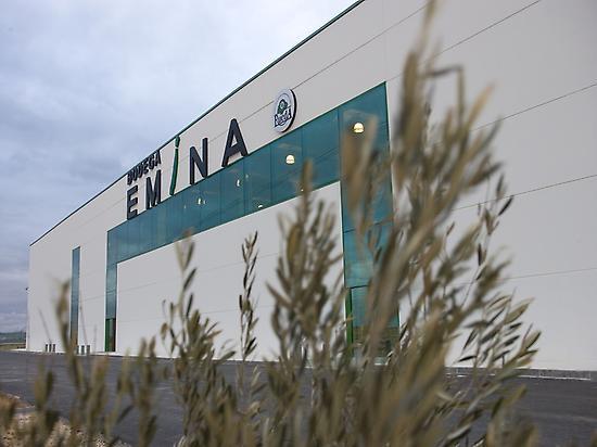 Front of Emina Rueda winery