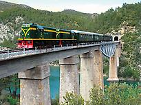 Train of the Lakes