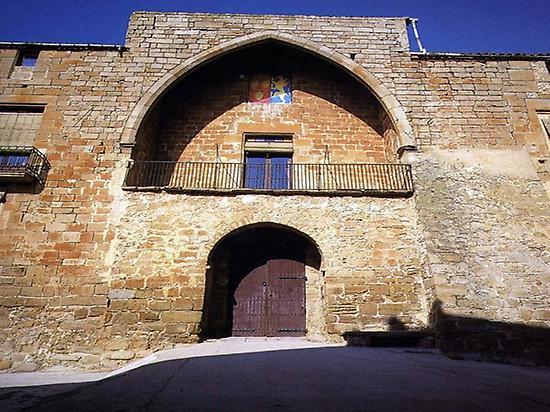 Pallargues Castle
