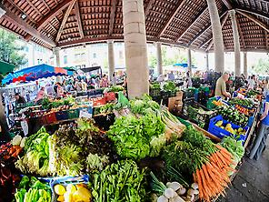 Weekly market on Thursday