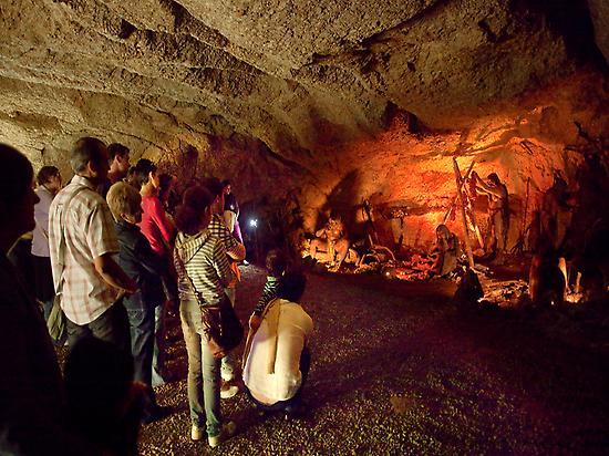 Caves of L'Espluga