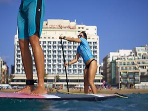 Stand Up Paddle in Las Canteras Beach