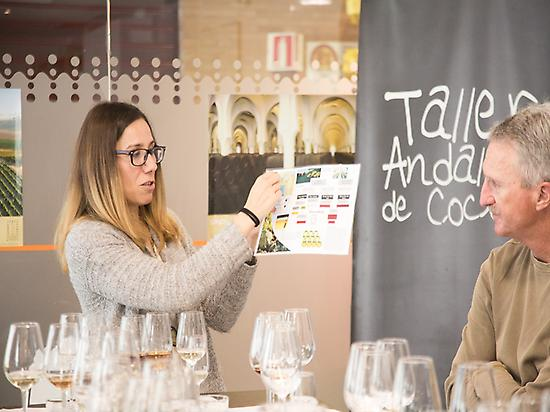 Sherry wine tasting in Triana Market