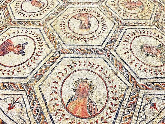 Italica Roman Ruins guided tour