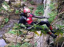 Espeleobarranquismo en las Cuevas