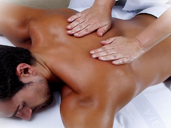 Back massage in spa Puente Viesgo
