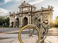 Madrid Bicycle Rental(RentandRoll)