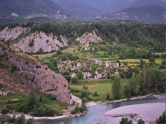 Jánovas village, today