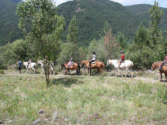 Horseback ride in Sarvisé.