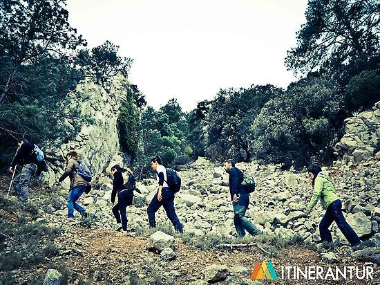 Hiking in Tinença.