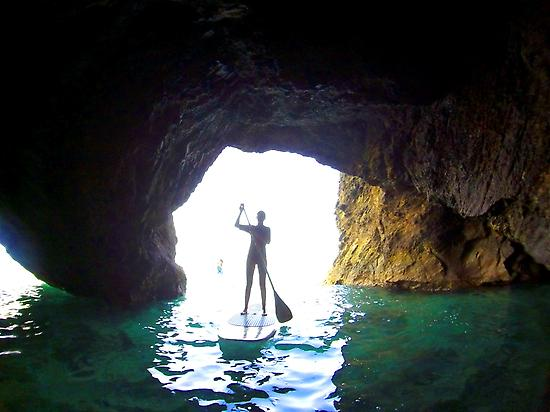 SUP between caves  in Papagayo