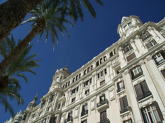 Edificio Carbonell, Alicante.