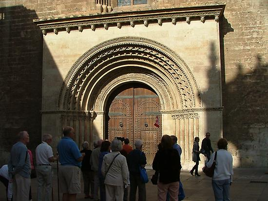 Romanesque gate at Valencia´s cathedral