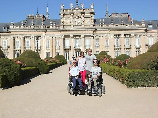 Accessible tour in La Granja and Segovia