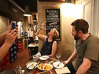 Tapas, wine and history walking tour in