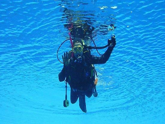 Make your scuba diving debut in Mataró