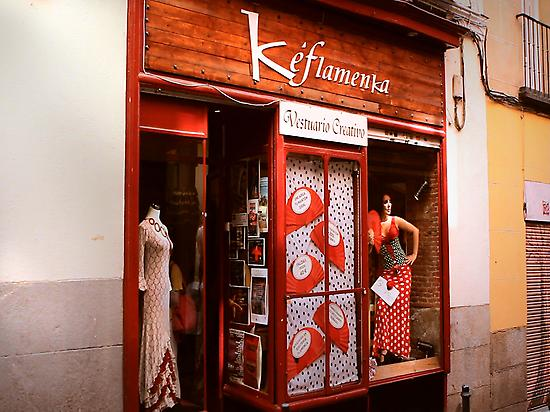 Visit the best flamenco shops
