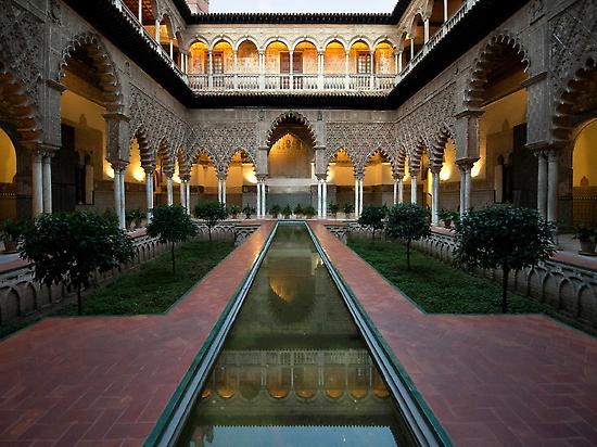 Alcázar of Seville Guided Tour