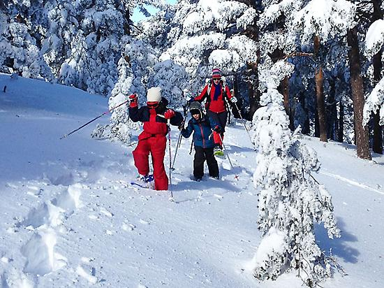 Snowshoe hikes for families and children