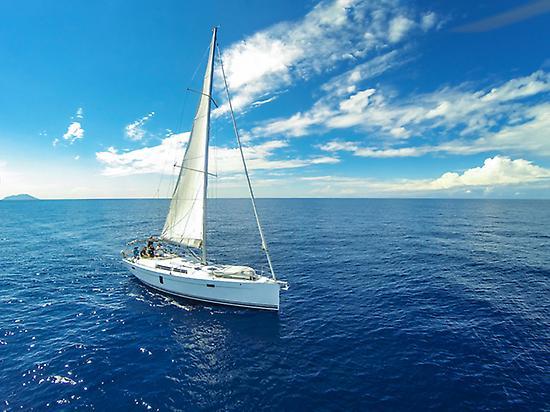 Navegando por la costa Sur de Tenerife.