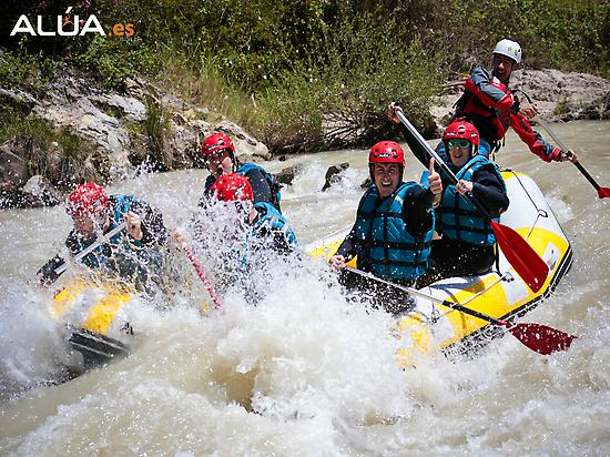 Rafting - Group of adults