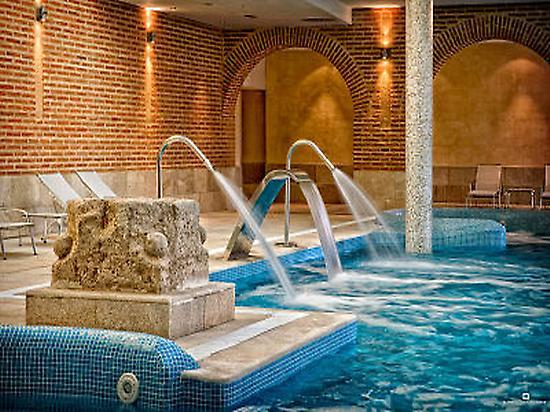 Vista de las piscinas termales.