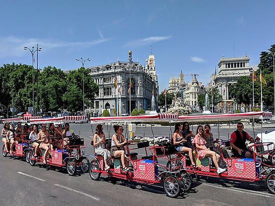 Disfrutando de Madrid en Beer bike