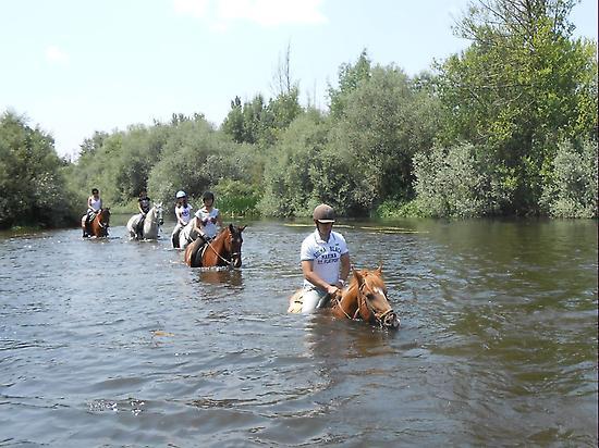 Riding through the Tormes river