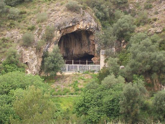 Black Cave