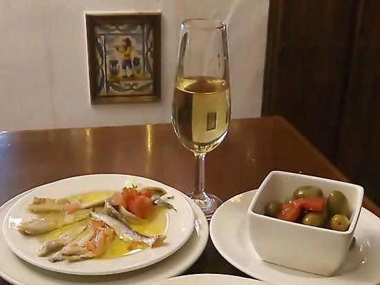 Vinegar, garlic and wine, incredible!