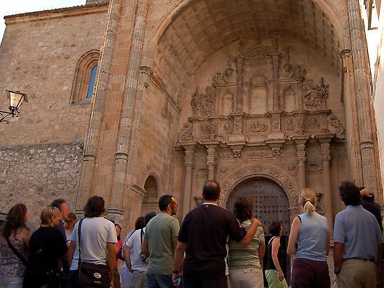 Main door for Santa María