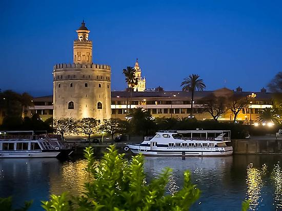 Boat trip on the Guadalquivir River