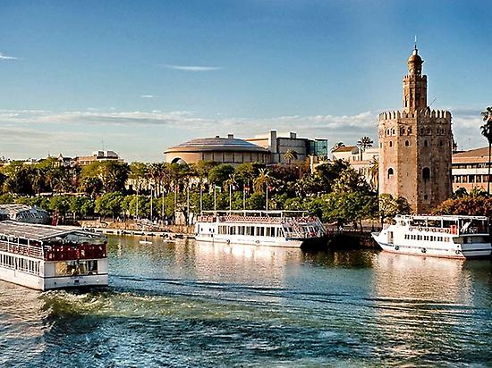 Cruising the Guadalquivir