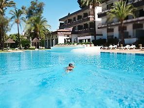 Hotel Jerez & Spa swimmingpool
