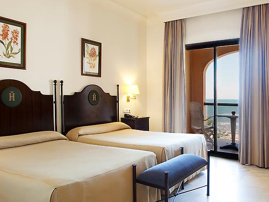 Double room with ocean view