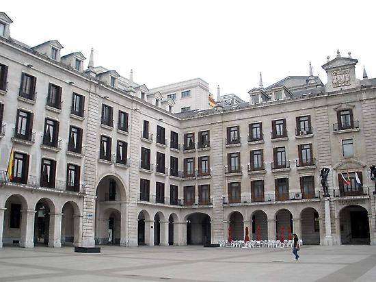 Porticada Square