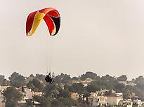 Acrobatic paragliding in Mallorca