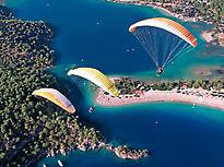 Paragliding experience in Menorca