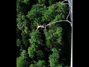 Bungee jumping in Mula
