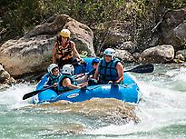 Family Rafting with UR Pirineos