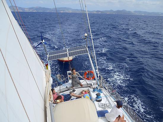 Family sailing from Ibiza to Formentera