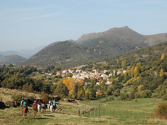 Riding along the Tormes River Valley