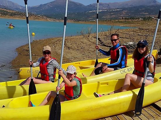 Viñuela and the kayaks