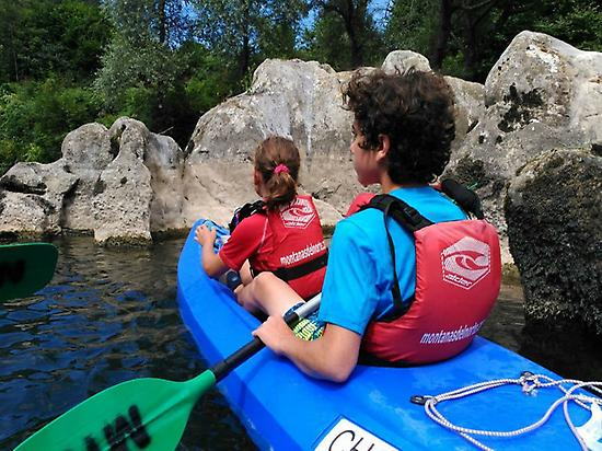 Kayaking in río Sella