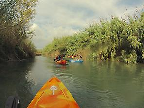 Kayak over Turia river