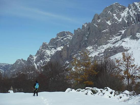Advanced ski mountaineering in León