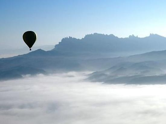 Exclusive Balloon ride in Cataluña