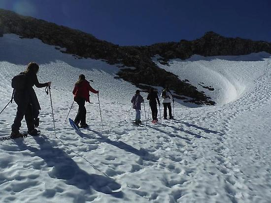 Snowshoeing day in Picos de Europa